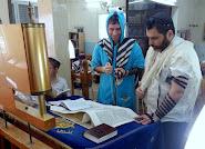 """קריאת """"מגילת אסתר"""" בבית הכנסת """"דברי חיים"""" ברמלה"""