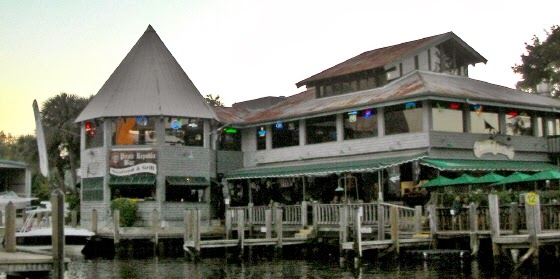 RESTAURANT - PIRATE REPUBLIC SEAFOOD AND GRILL