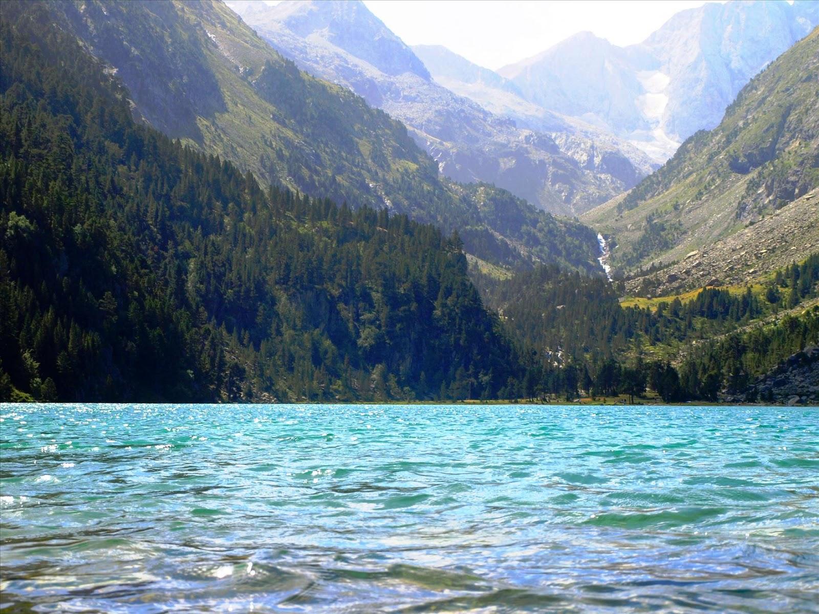 Best pyrenees photos pyrenees balade du lac de gaube - Lac de gaube ...