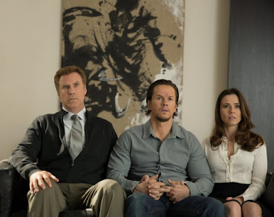 Image of Will Ferrell, Mark Wahlberg and Linda Cardellini in Daddy's Home