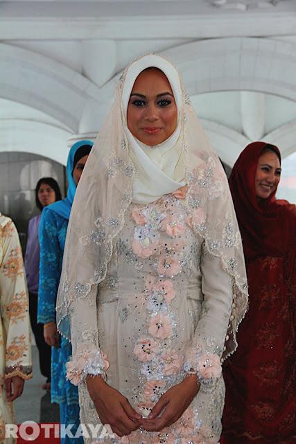 pernikahan natasha hudson kahwin