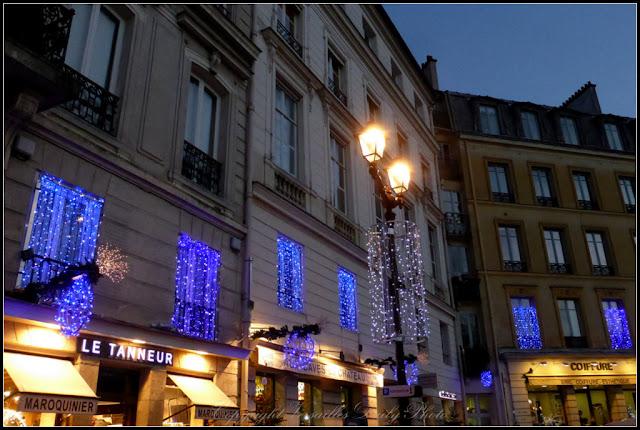 Illuminations de Noël place Hoche Versailles