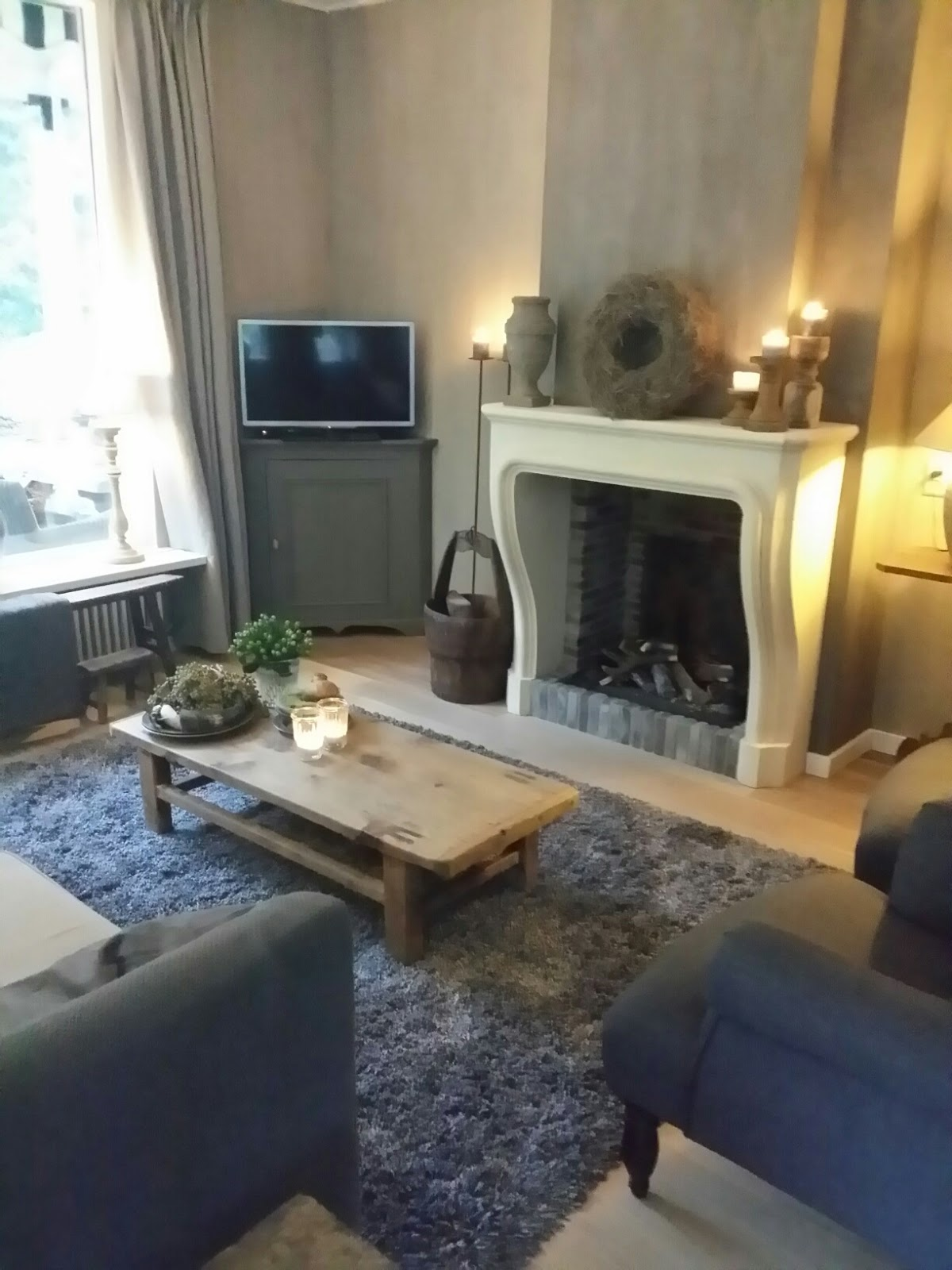 jannysblog: vloerkleed, servies en kaarsen.....