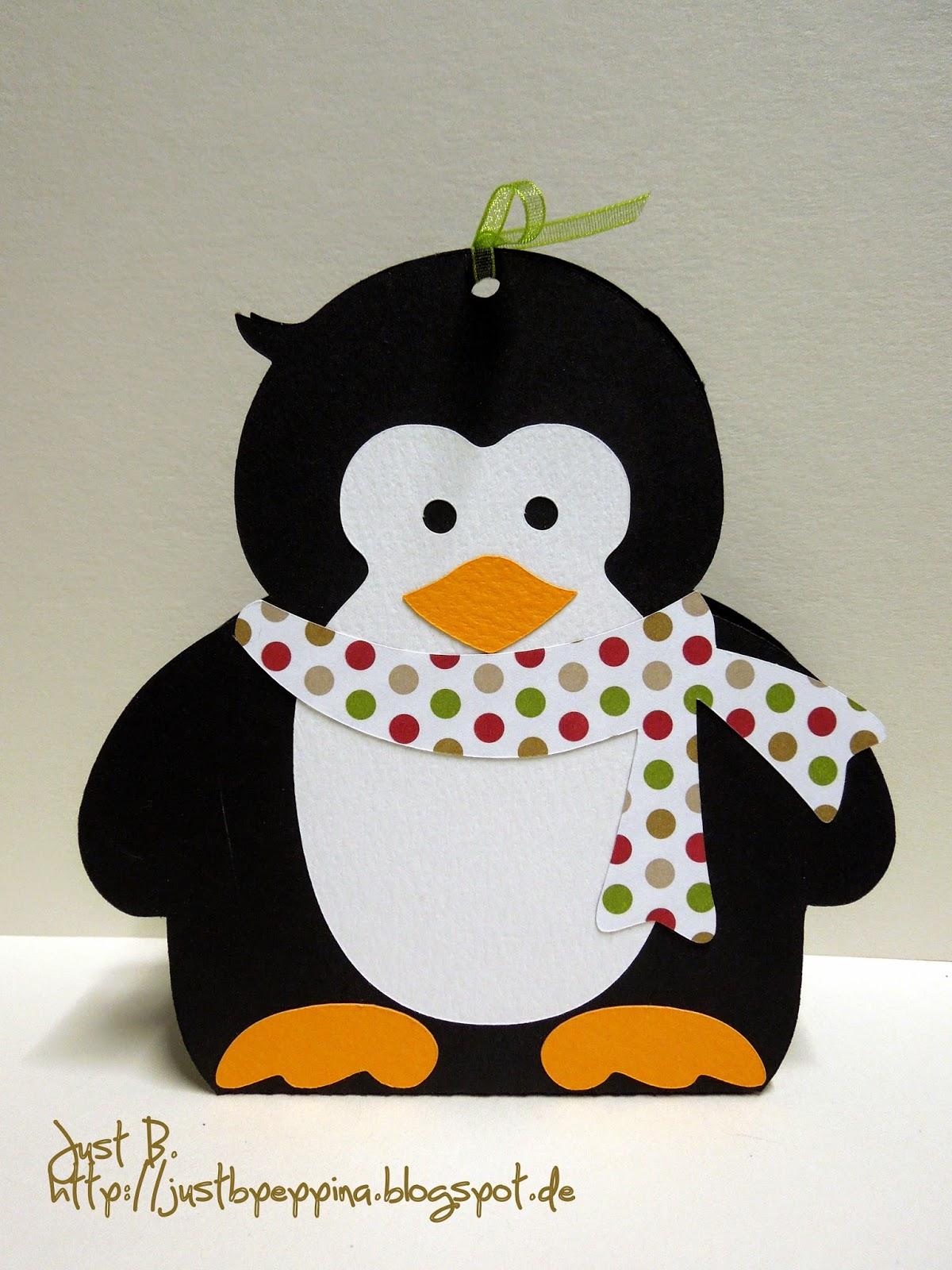 just b pinguine in reih und glied. Black Bedroom Furniture Sets. Home Design Ideas