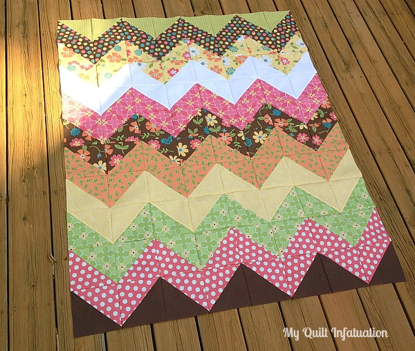 My Quilt Infatuation: Easy Peasy Chevron Quilt Tutorial : chevron quilts for sale - Adamdwight.com