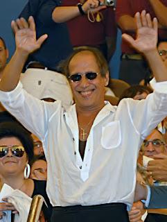 Adriano Celentano, By Nikita Kozyrev (Own work) [CC-BY-SA-3.0 (http://creativecommons.org/licenses/by-sa/3.0), via Wikimedia Commons