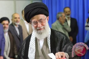 "Pimpinan Iran ""Israel rezim bajingan"""