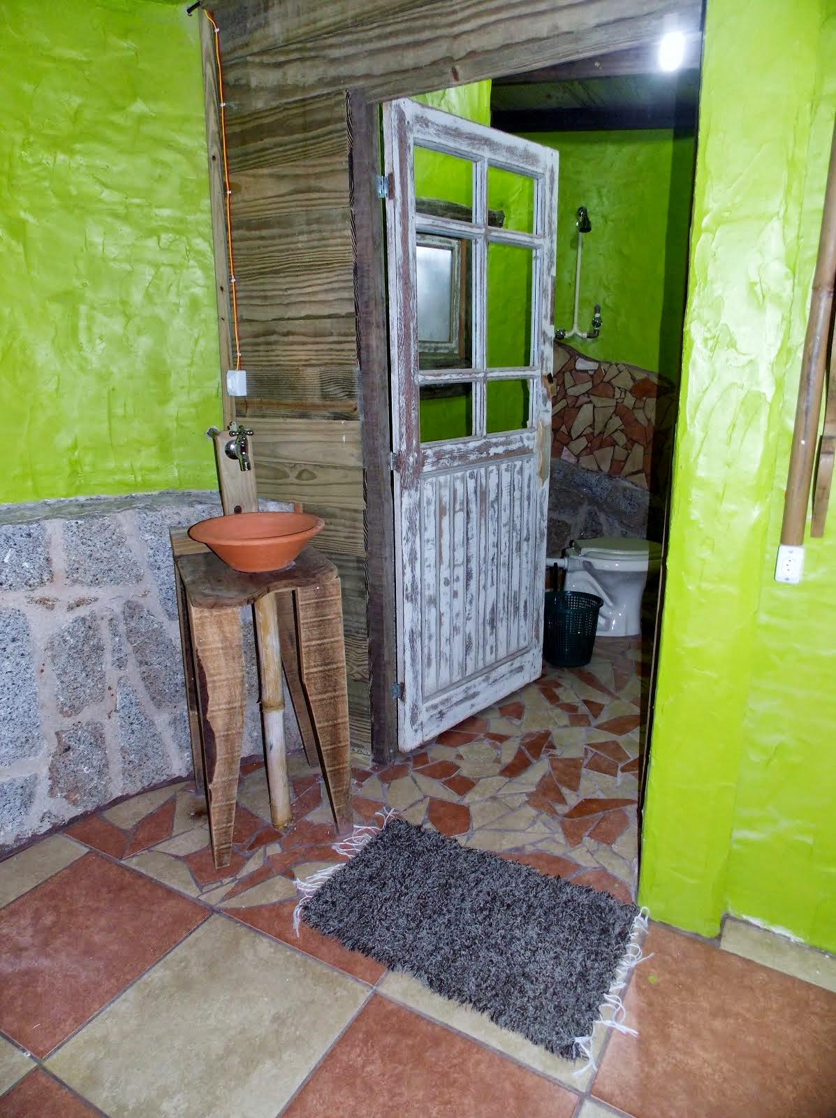 Entrada do banheiro cabana 9
