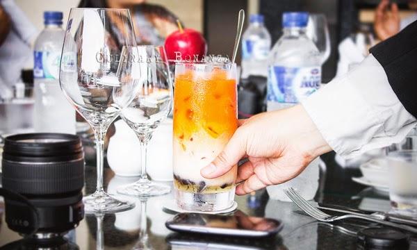 Iced Thai Tea with Bubbles