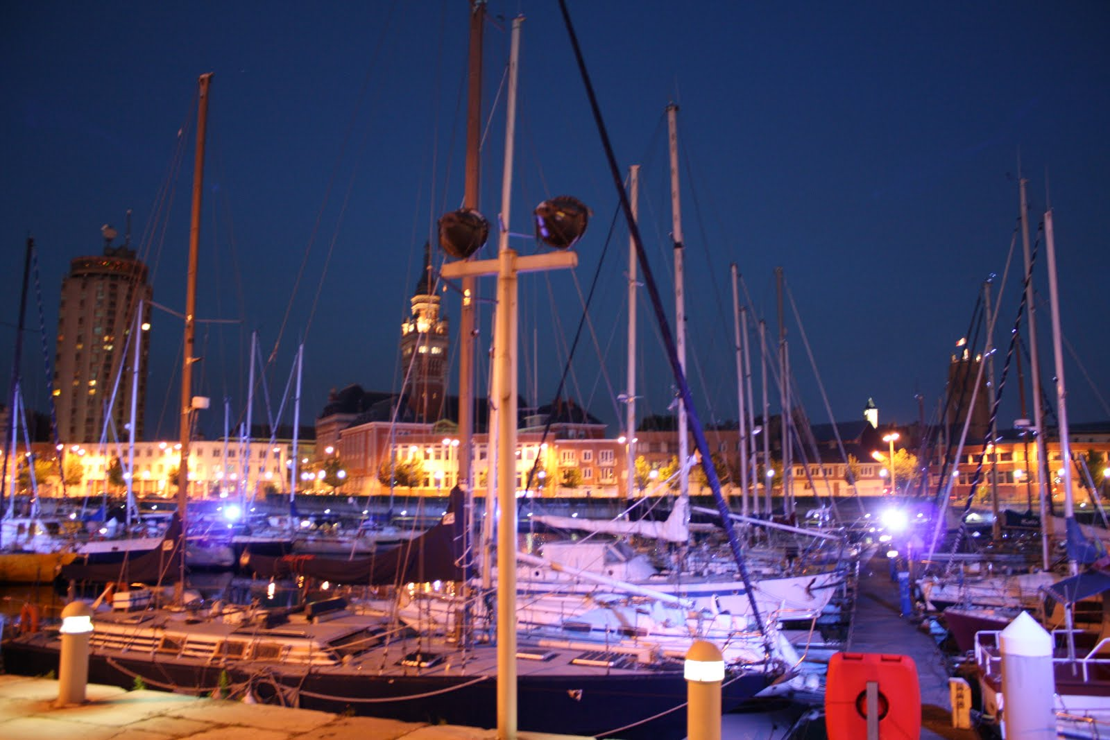 Dunkerque at night