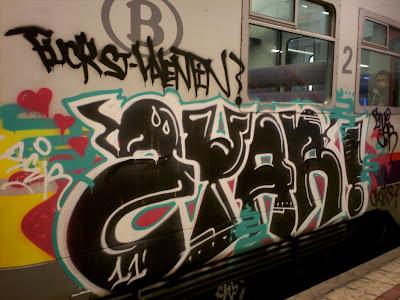 Fuck St Valentin graffiti