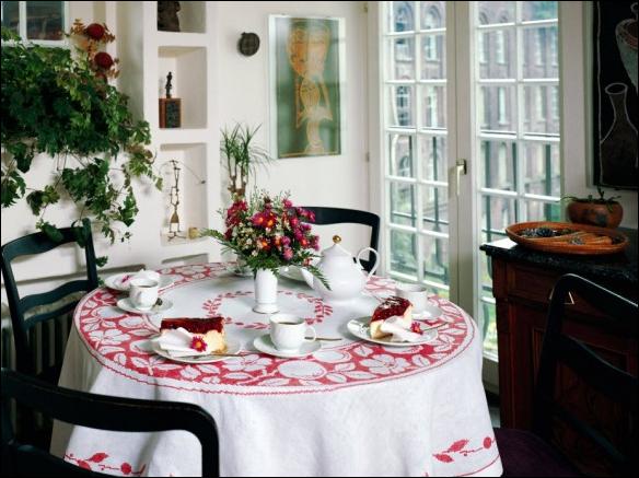 Cottage dining room design ideas for Cottage dining room ideas