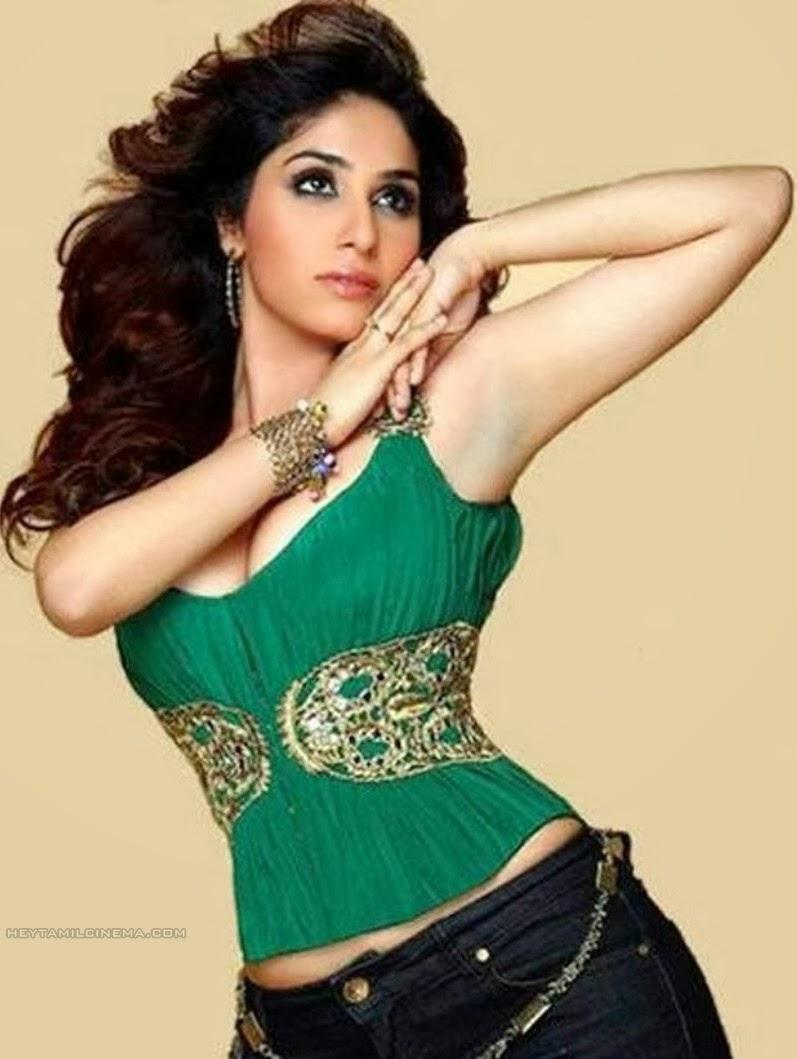 viva monali thakur singer neha oberoi kiss seema ramchandani please ...