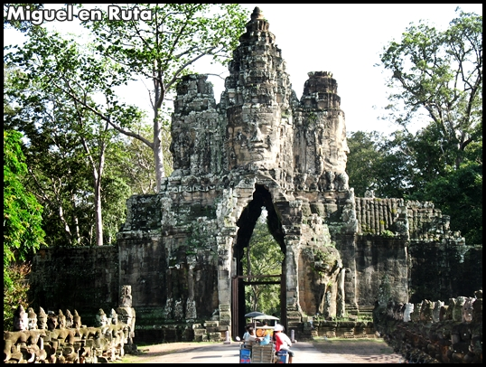 Angkor-Thom-South-Gate