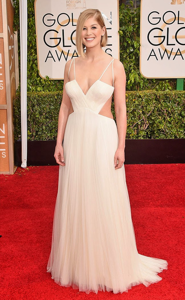 The Golden Globes Awards 2015 Red Carpet - Rosamund Pike in a Vera Wang Gown
