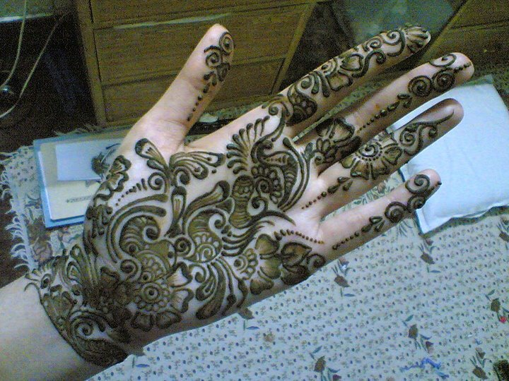 Latest Mehndi Designs For Hands 2012-2013