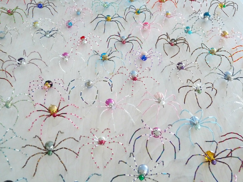 christmas gifts you can make with kids - The Christmas Spider