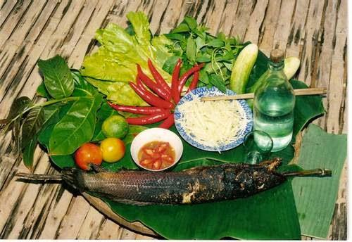 Đặc sản Nha Trang: món cá lóc nướng ống tre