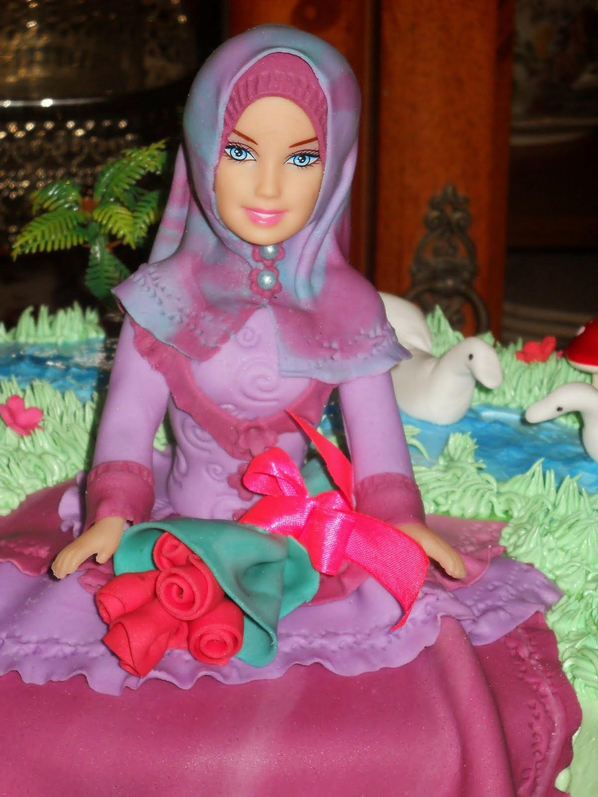 Kumpulan Gambar Boneka Barbie Muslim Cantik Dan Keren Untuk Anak