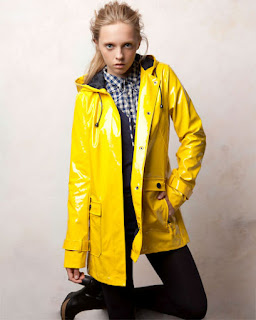 Pullandbear yellow rain