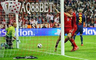Agen Piala Eropa - Lionel Messi menjadi momok bagi tim Bayern Muenchen ketika kedua tim bertemu pada leg pertama semifinal Champions League di Camp Nou pekan lalu
