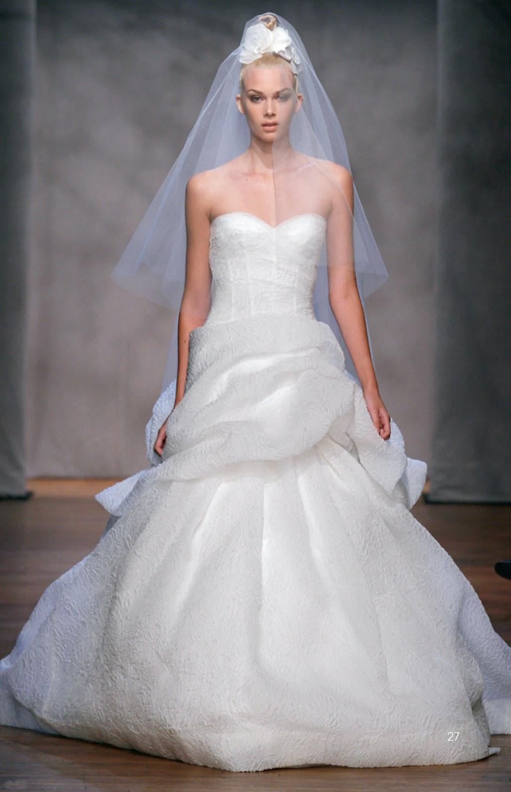 Honey Buy Interpretation of Western style wedding dress