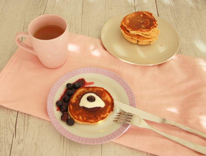 zdrowe śniadanie, jaglanka przepis, placki z płatków jaglanych, jak zrobić kaszę jaglaną