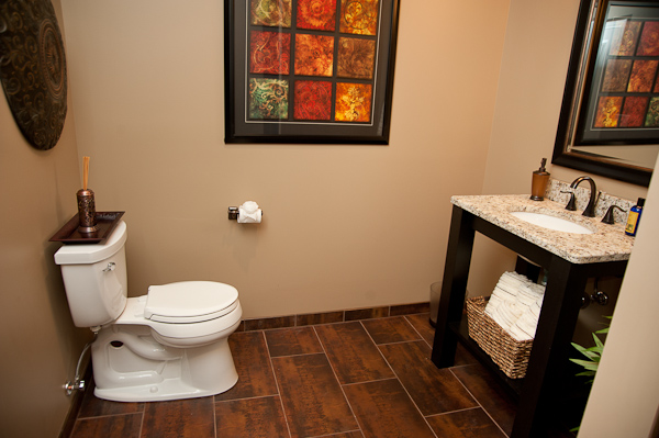 The basement ideas basement bathroom remodeling tips for Basement bathroom flooring ideas
