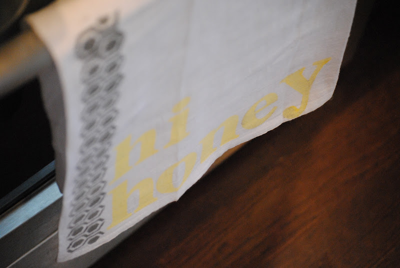 stamped stenciled tea towel kitchen towel tutorial