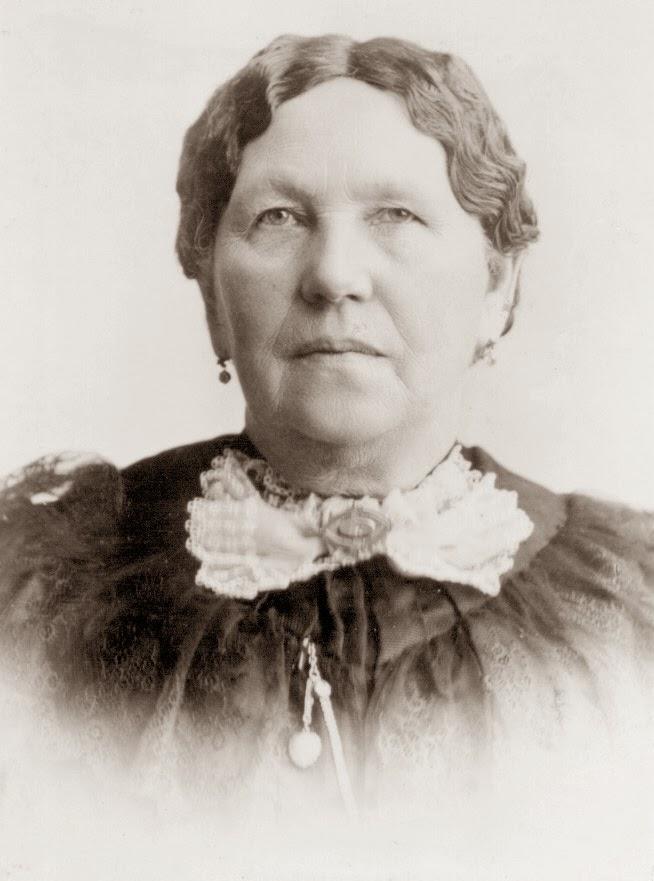 <b>Elizabeth Jackson</b> was the oldest of 11 children. - elizabethjackson