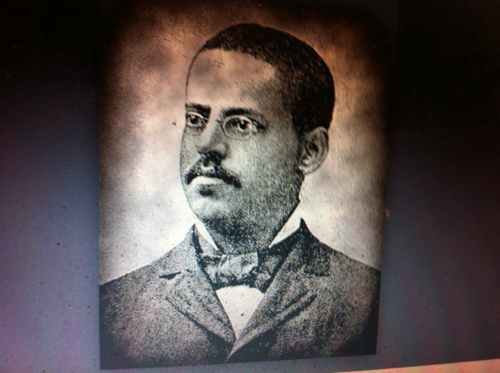 the life of lewis howard latimer Lewis howard latimer (september 4, 1848 – december 11, 1928) was an american inventor and draftsman biography lewis howard latimer was born in chelsea.