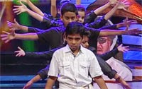 A dedicating performance by kids for Super Star – Thalaivar The Mass