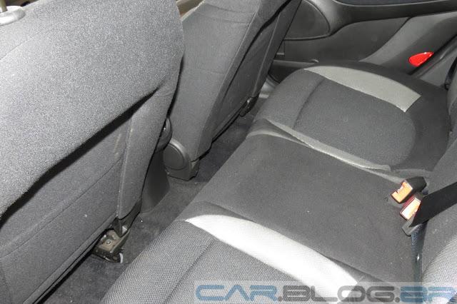Fiat Bravo Sporting Dualogic 2014 - espaço traseiro