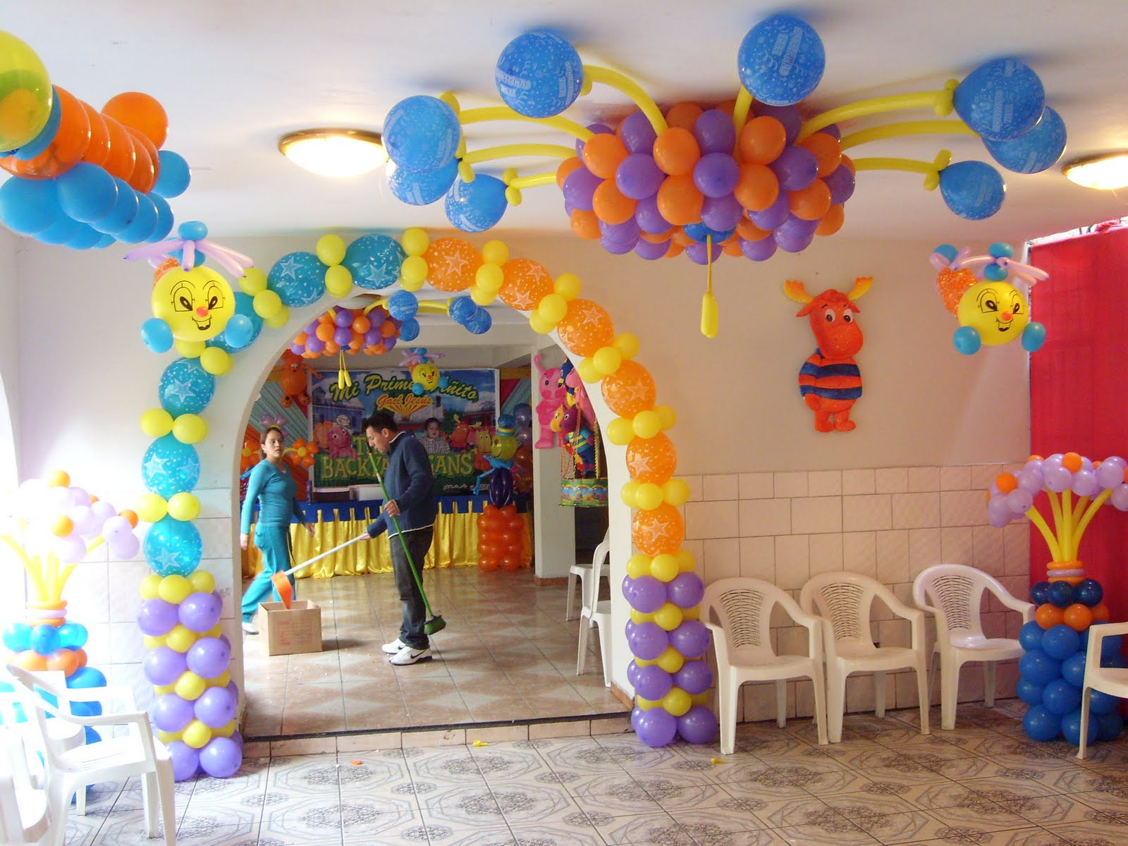 Globos katty decoraci n de backyardigans - Decoracion para foto ...