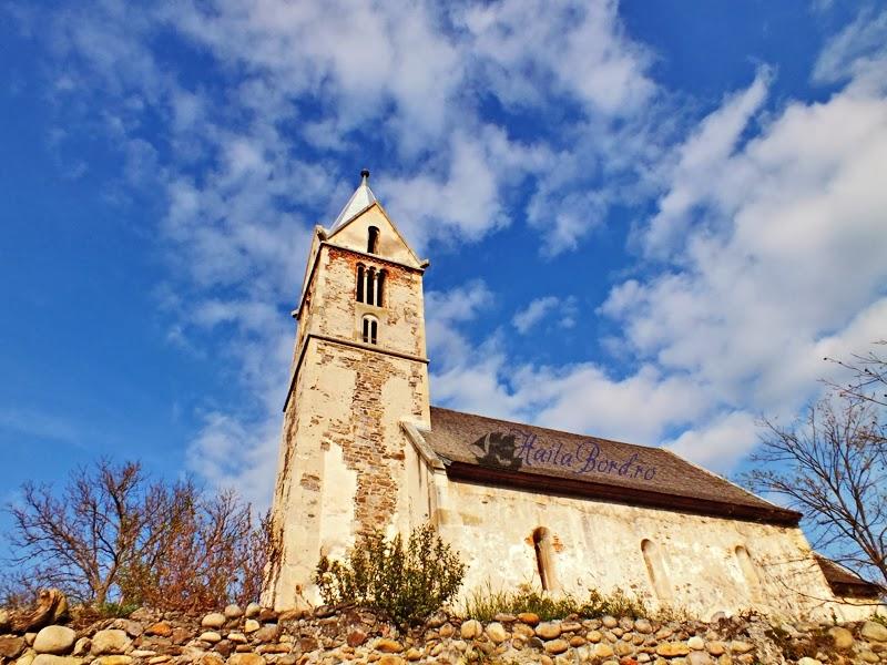 biserica santamaria orlea hunedoara