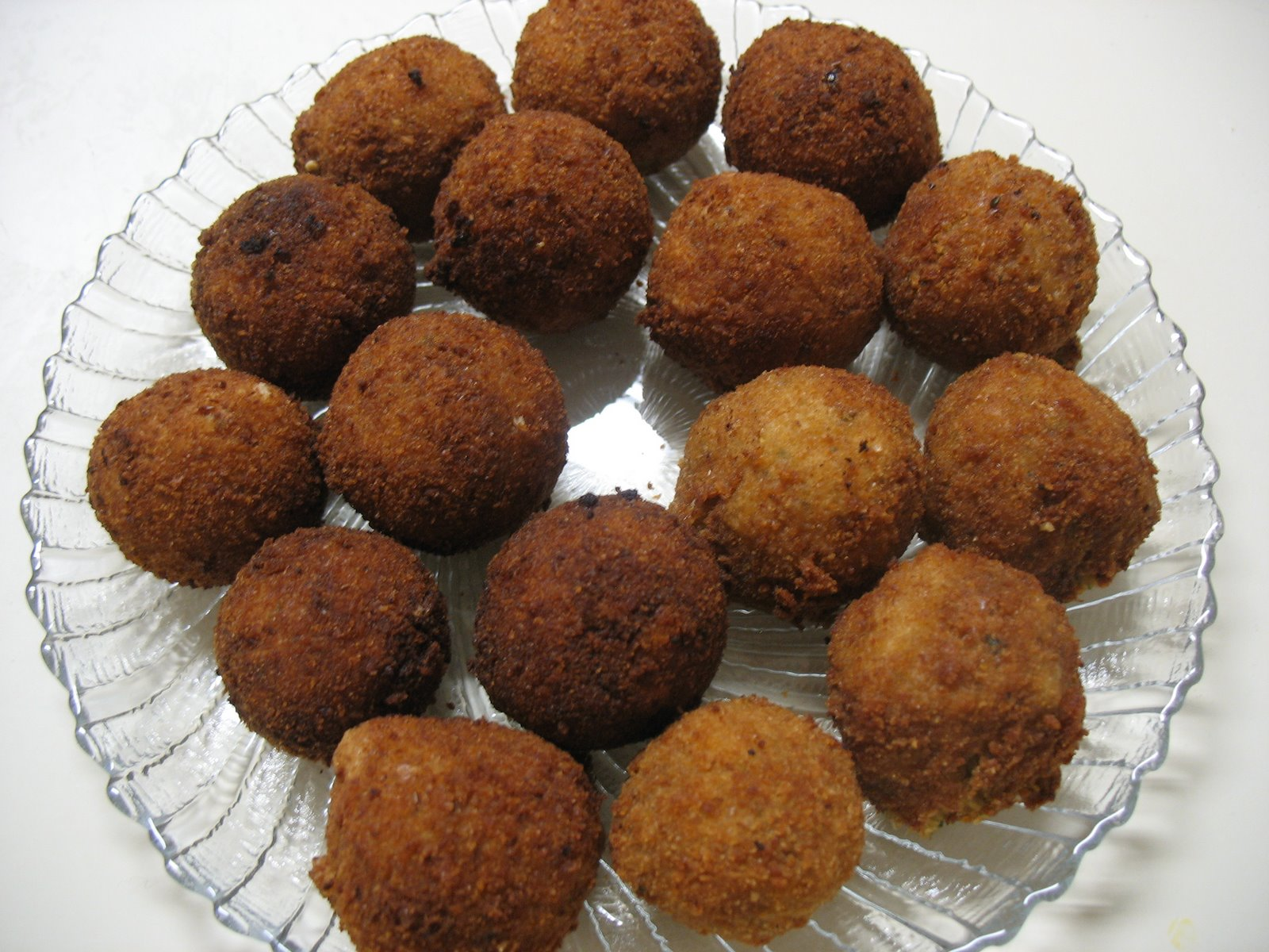 falafel balls the other day i had the most delicious falafel pita from ...