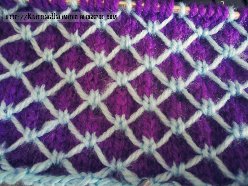 2 Color Knitting Patterns : Two Color Slipped Stitch: Scales Pattern - Knitting Unlimited