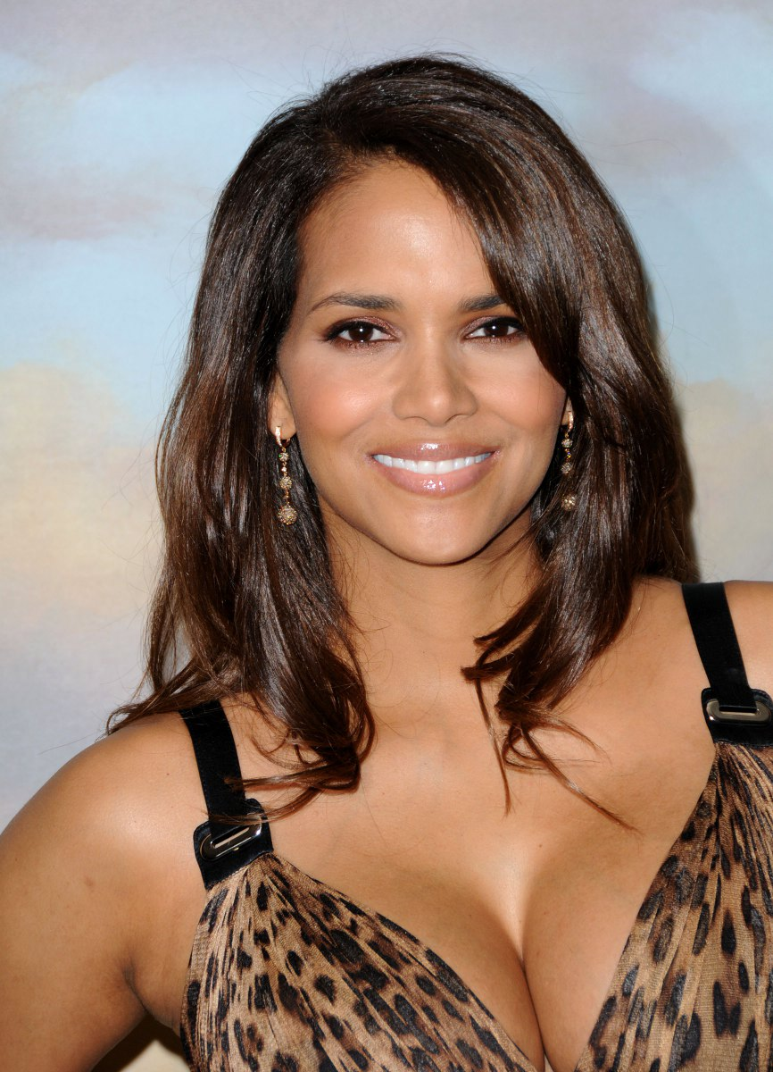 Halle Berry - Picture Colection