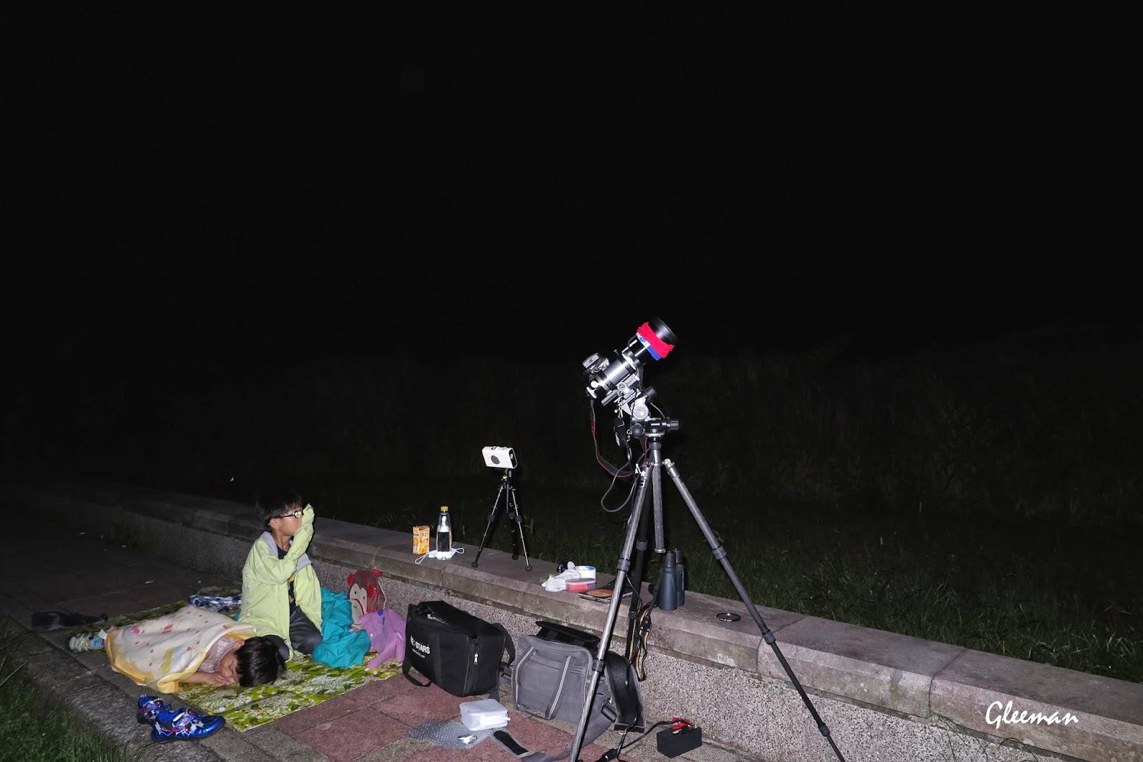 今天是ALAN第一次一起上來觀星,不過下半夜已經睡熟了