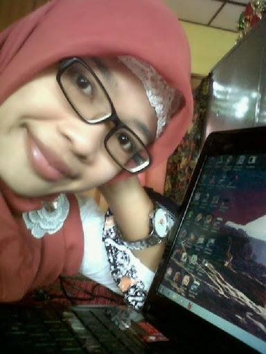 Gambar Bogel Jilboobs Penjaga warung masa kini   Melayu Boleh.Com