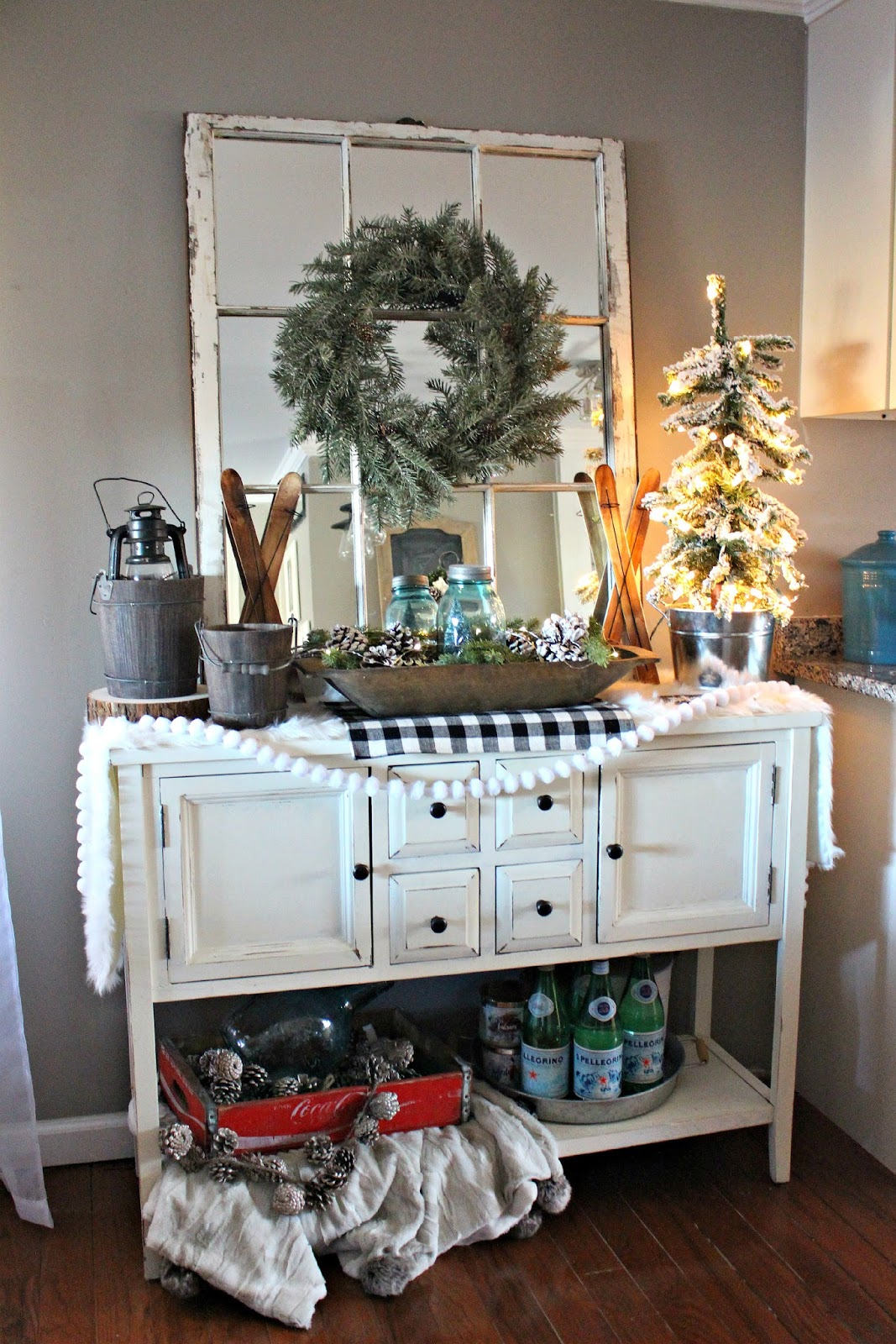 Dining room winter decor the glam farmhouse for Glam dining room ideas