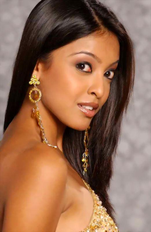 Hottest Photos Of Tanushree Dutta Bollywood Glitz 24 Hot