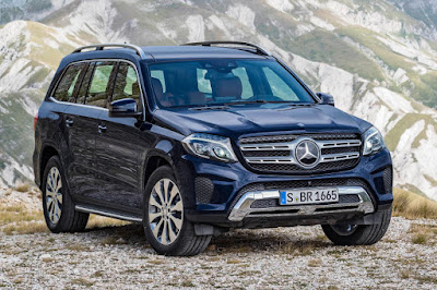 Mercedes-Benz GLS 350 d 4Matic (2016) Front Side