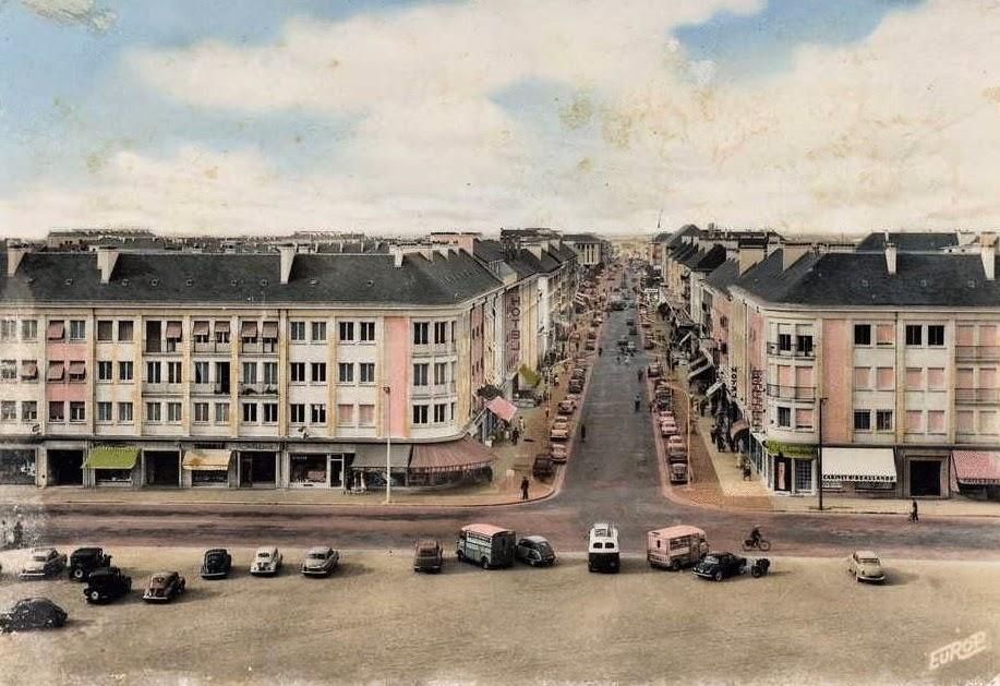 Saint nazaire reconstruction d 39 une ville novembre 2011 for Piscine st nazaire