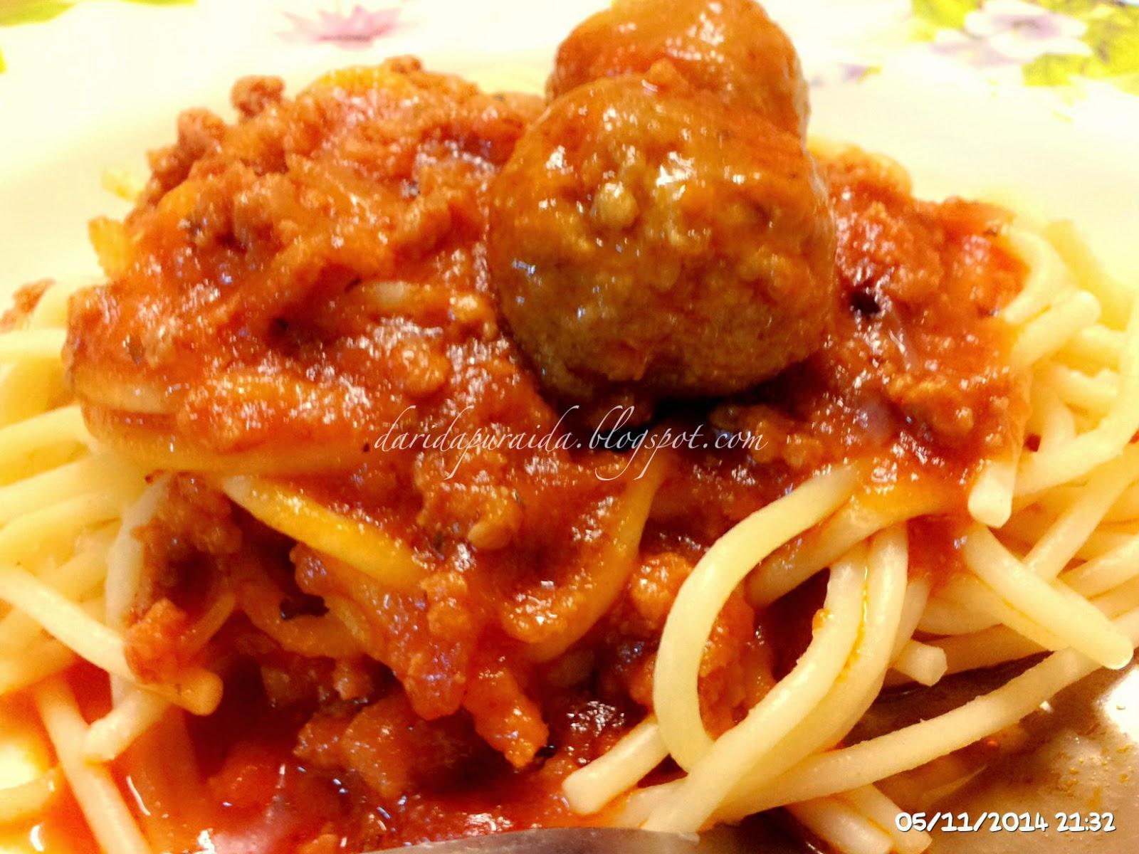 bahan bahan sepeket spaghetti 2 tin sos spaghetti aida guna