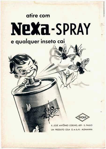 Propaganda do inseticida Nexa-Spray apresentado nos anos 50. Campanha com uma criança manuseando o produto.