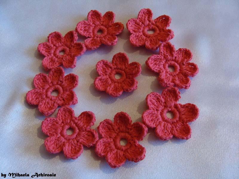 Modele De Flori Crosetate Pentru Saluri