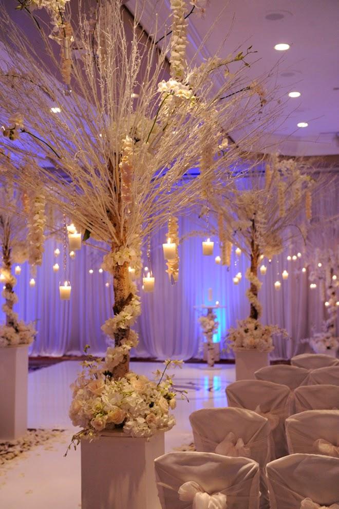 winter wonderland wedding fashion shared. Black Bedroom Furniture Sets. Home Design Ideas