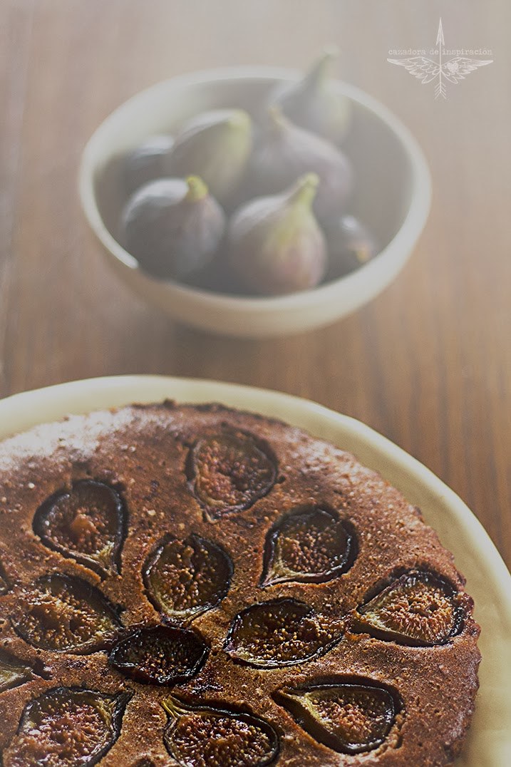 cake with figs/ Cazadora de inspiración © Anna Tykhonova