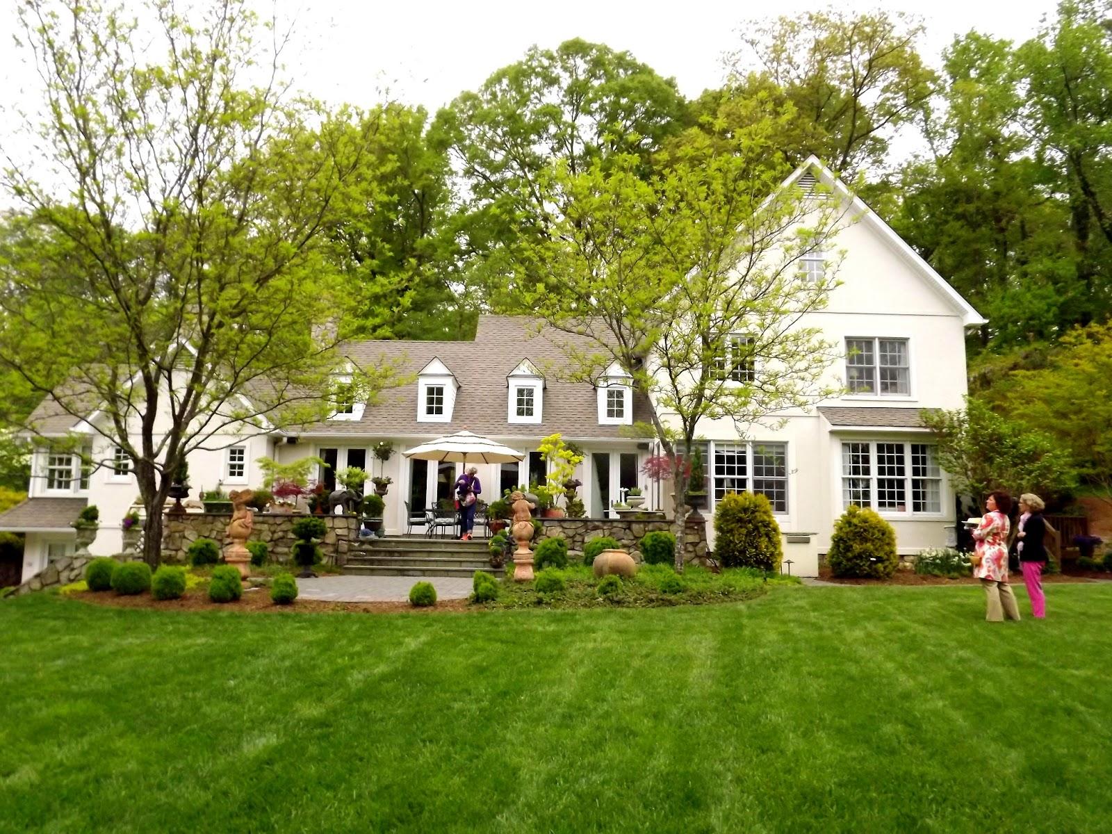 Forsythia hill finds historic garden week richmond va for Richmond gardens pool